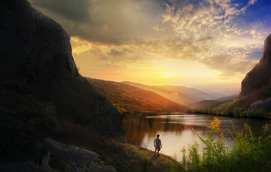 Beautiful nature scene with mountains and calm lake.